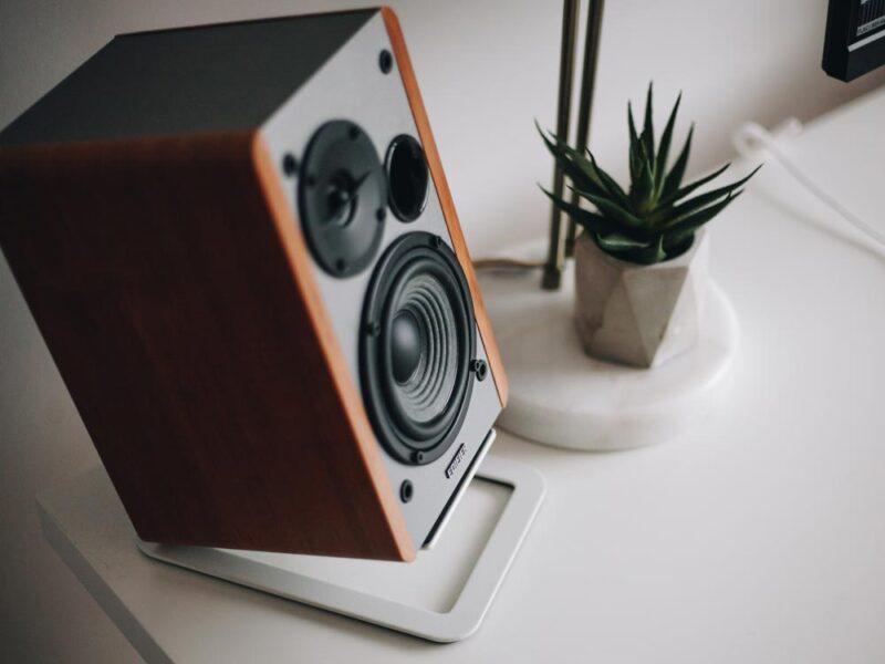 PC-Lautsprecher für Superwide Monitore